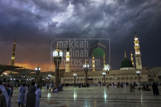 Evening shot, Masjid Nabawi