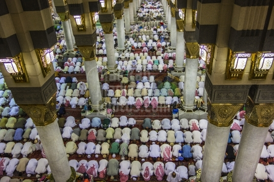 Jama'h Prayer inside Mosque