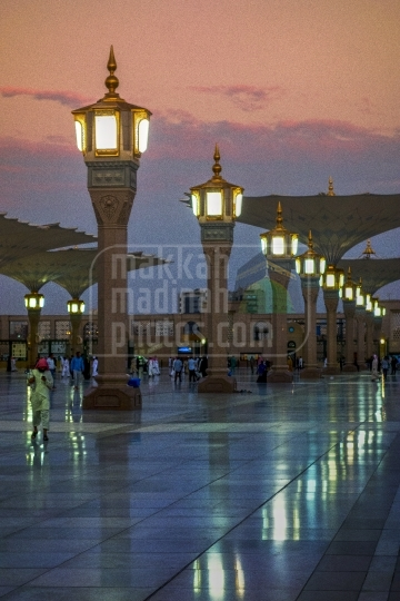 Light pillars, Piazza of Haram Nabawi Sherif