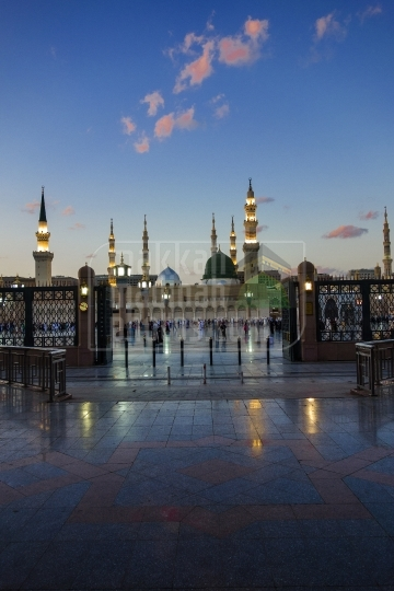 A shot from the South, Masjid Nabawi