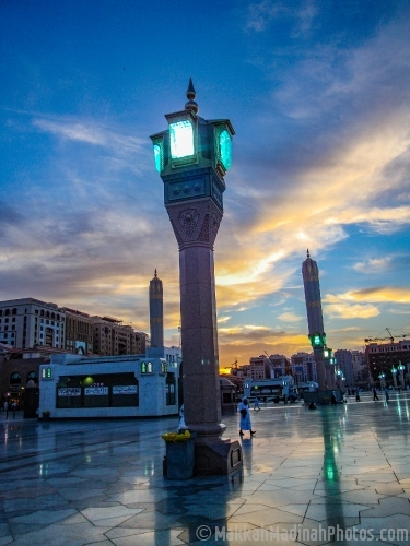 Light stand from Piazza of Masjid Nabawi.