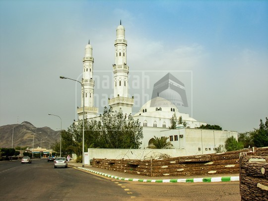 Masjid Arish in Badr Hunayn, Madinah